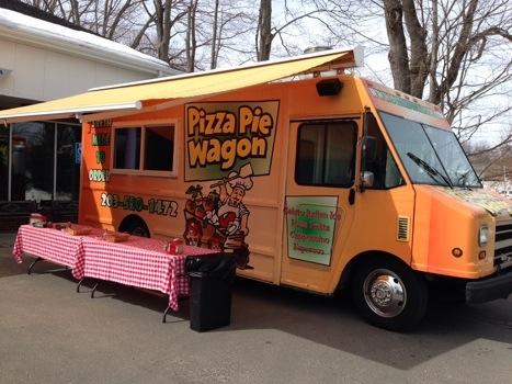 Vazzys Pizza wagon